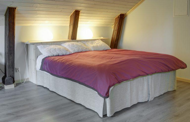 Brudkammarens säng